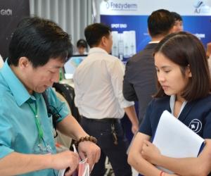 Ultra V Lift đồng hành cùng nhà tài trợ trong Hội thảo Khoa học Da liễu tại Tp.HCM